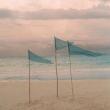 Les derniers châteaux de sable, rallonger les après-midi pour profiter à fond. Et pour nous c'est la reprise avec la réouverture de l'eshop ! _____ #MaisonA #ObjetsSinguliers #supplémentdame #parfaitesimperfections #decoration #interior #deco #inspirations #vacances #summermood #beachlife #lifeisbetteratthebeach