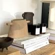 NOUVEAUTÉS: Nous avons un coup de coeur pour les céramiques de Sophie Danel et son approche sensuelle et intuitive de la céramique qu'elle travaille depuis son atelier lumineux du Nord de la France. _____ Vase en céramique - terre brute - grès roux chamotté. 2 petites anses épurées ornent cette jolie pièce. Disponible dès maintenant sur l'eshop. _____ #MaisonA #ObjetsSinguliers #supplémentdame #parfaitesimperfections #decoration #interior #deco #craft #artisans #artisanat #faitmain #handmade #ceramics #ceramique #ceramiste #modernceramics #ceramiquecontemporaine #ceramiclife #ceramicart #craft #artisans #artisanat